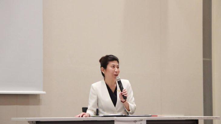 【川崎朋子さんインタビュー】 トップ営業マン、専業主婦を経て企業の未来の稼ぎ方を一緒に作る中小企業診断士へ